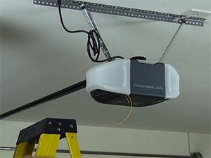 garage door opener repair service in Cinnamon Hills