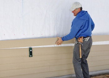 lynx garage door repair service in Chestermere